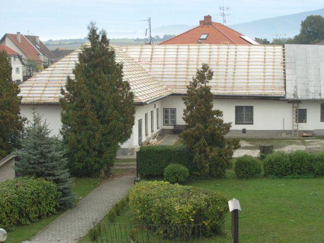 Oprava strechy na zborovom dome